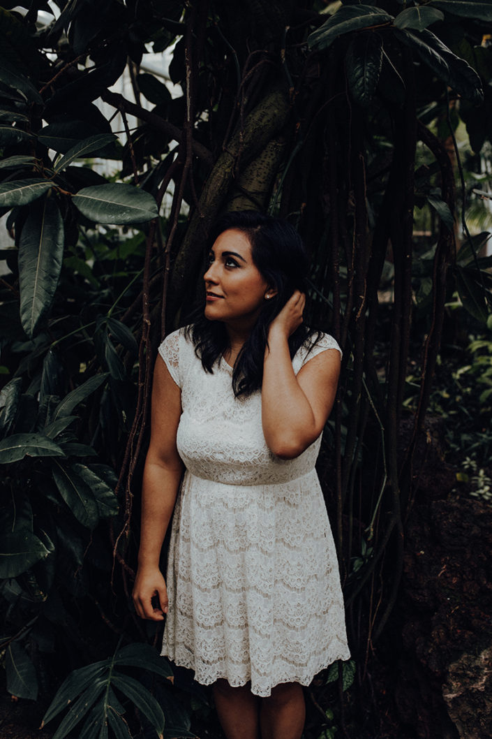 Braut, München, Hochzeitsfotograf, Porträt, Brautstrauss, Botanischer Garten, Fotoshooting, Mexiko, Mädchen, Brautshooting