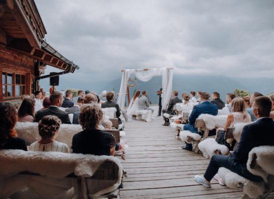 Katja & Stephan, Rustikale Trauung auf der Tonialm in Österreich
